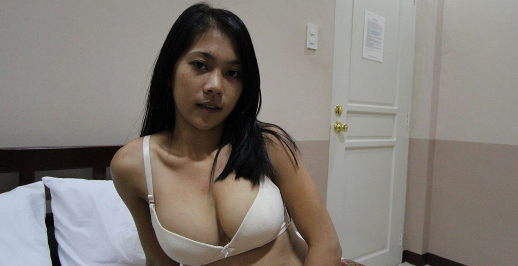 Filipina boobs