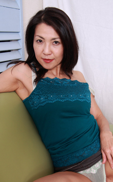 Jan Jan type Japanese milf