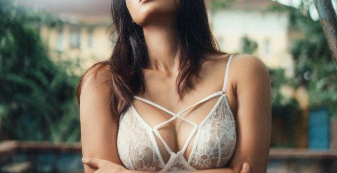 sexy burmese boobs