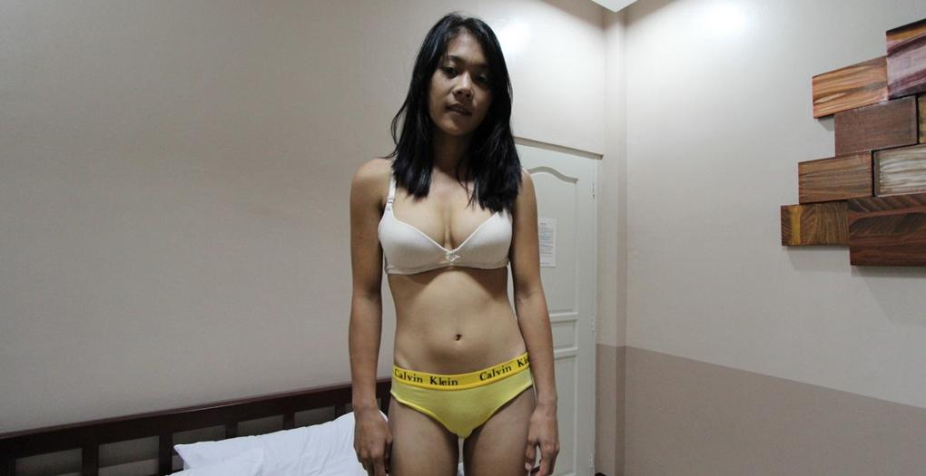 Filipina spinner bra