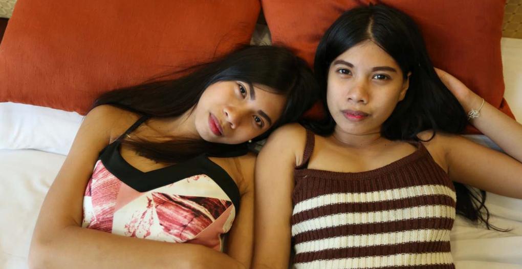 sexy Thai twins