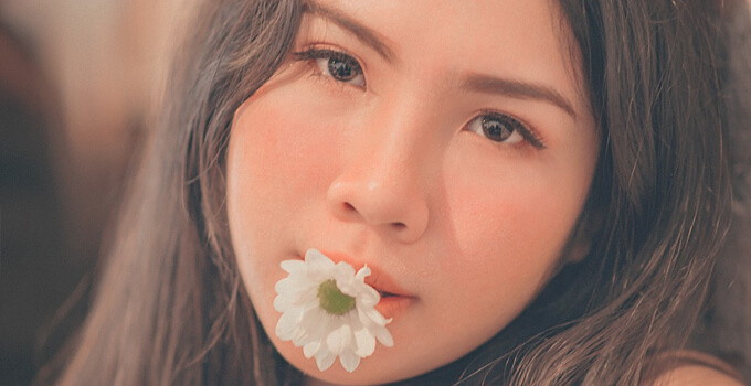 meet beautiful thai women